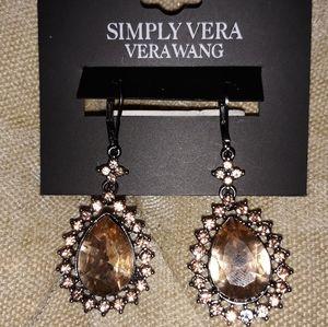 Simply Vera Vera Wang  earring